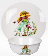 Набор тарелок детский костяной фарфор Девочка с куклой Japonica Япония