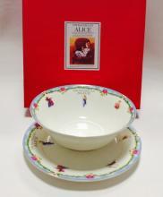 Набор тарелок детский костяной фарфор Алиса с голубым кантом Maebata Япония