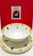 Набор тарелок детский костяной фарфор Алиса с жёлтым кантом Maebata Япония