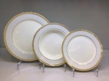 Набор из 18-ти тарелок на 6 персон костяной фарфор Голубая лесенка Japonica Япония