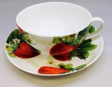 Чайная пара 350 мл костяной фарфор Клубника Japonica Япония
