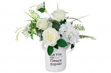Декоративные цветы Розы и гортензия белые в керамической вазе